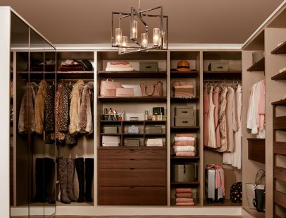 How to create walk-in wardrobes: 'L' shaped wardrobe